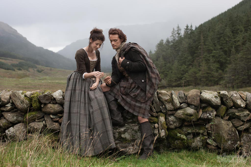 The Scottish Highlander Romance Craze: Why Women Are Lusting After Dudes In Kilts